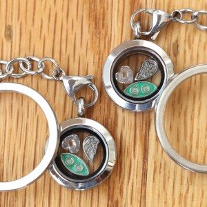 Two Peas in a Pod Double Locket Set